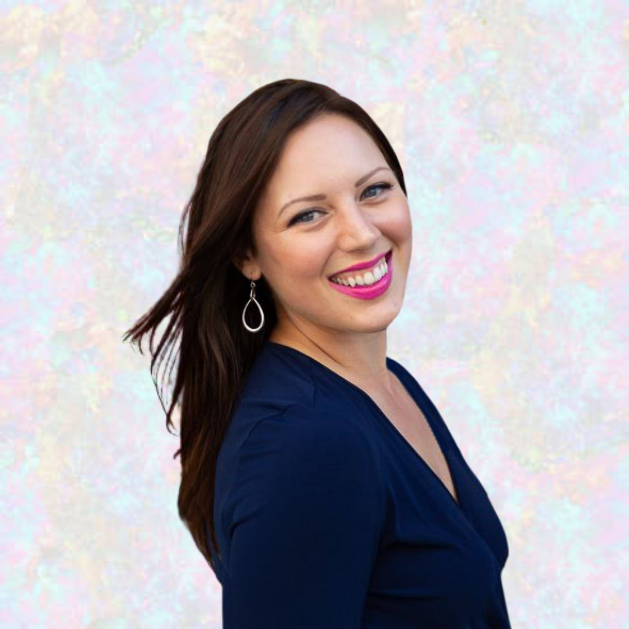 EP55: Moving from In-Person Event Business to Online with Stephanie Michelle
